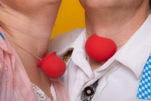 Clownine und Nikolosi 3 von Mario Helkert